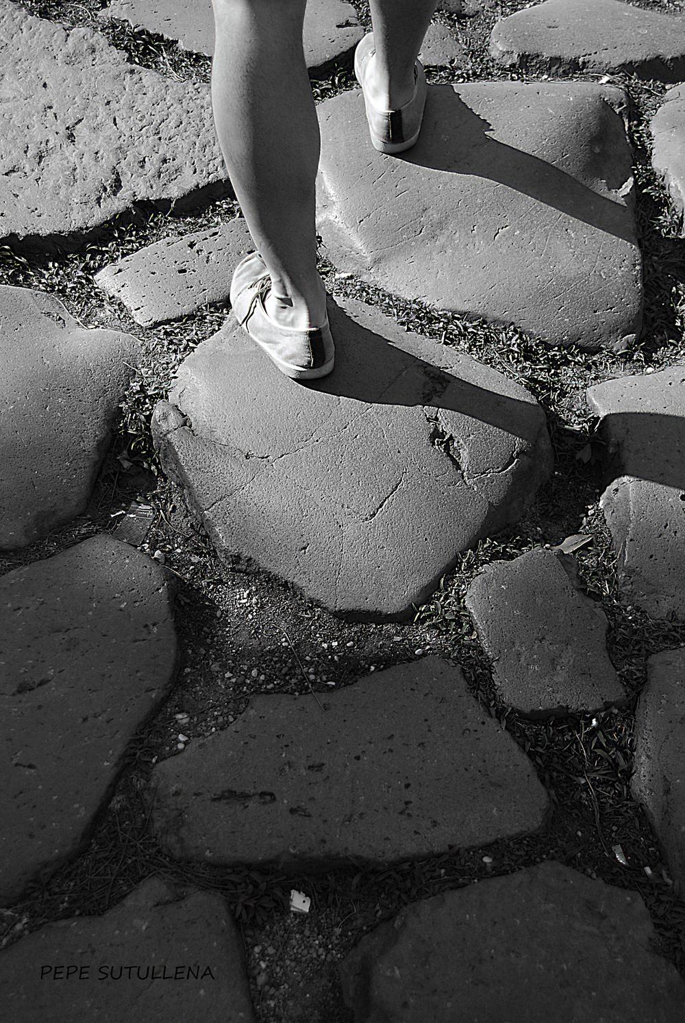 Camino humano por la Appia Antica