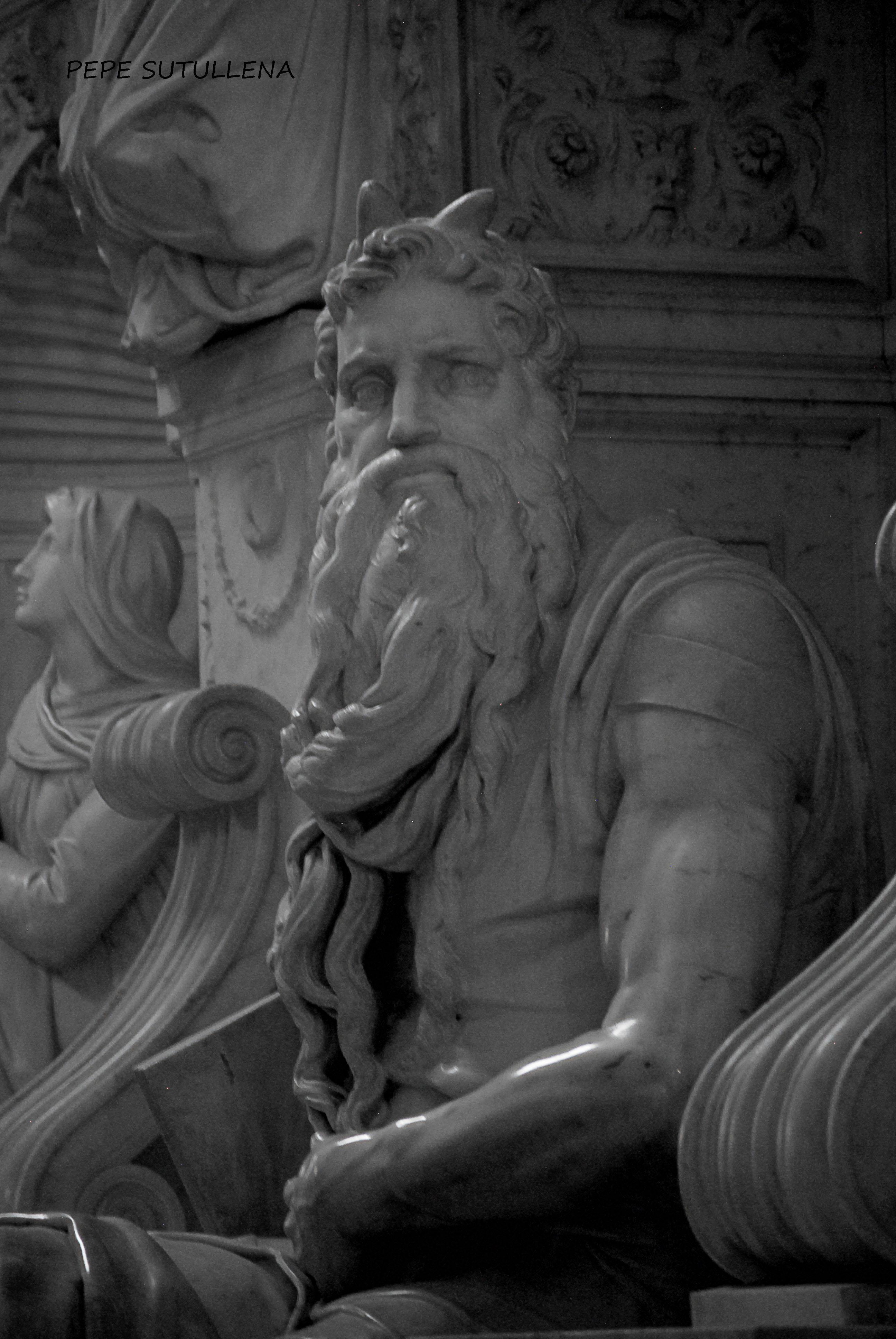 El Moisés desde un lado