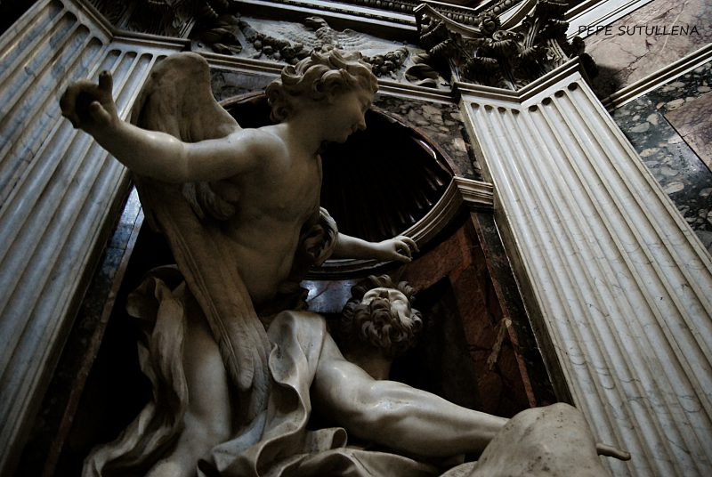 13. Piazza del Popolo II: en el nombre de Dios