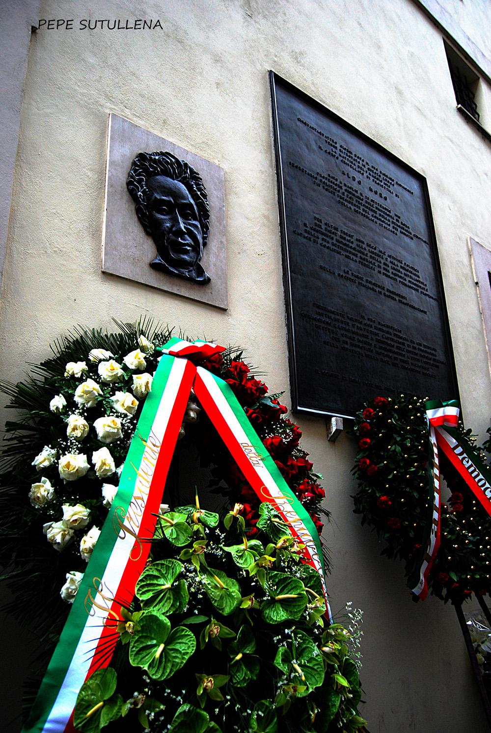 Memoria y recuerdo de Aldo Moro, en via Caetani