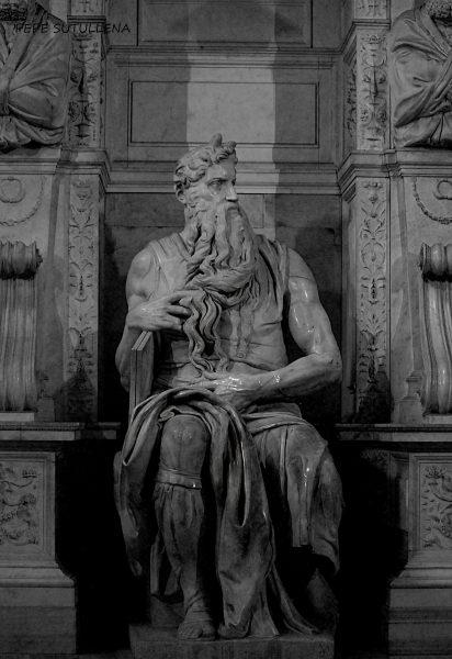14. El Moisés o la escultura que no valió la pena