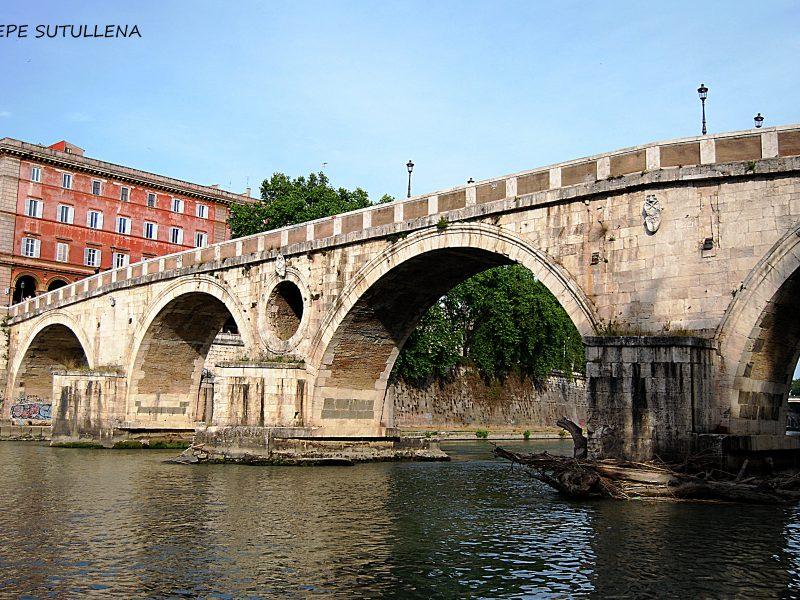 6. Aquellas tristes cabezas colgadas en los puentes romanos