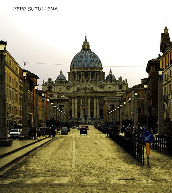 Via de la Conciliazione y al fondo San Pedro del Vaticano