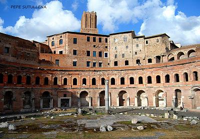 22. Piedras silenciosas. El Mercado de Trajano