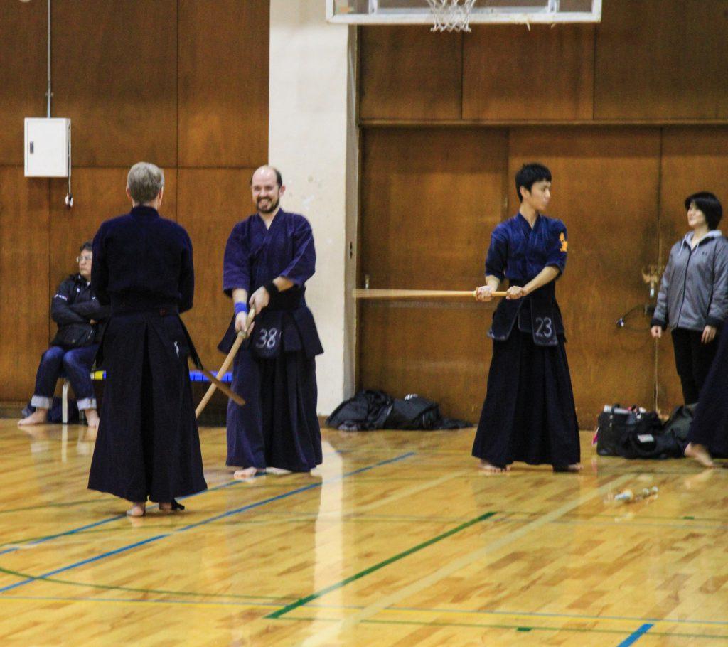 Lorco en una exhibición de Kendo