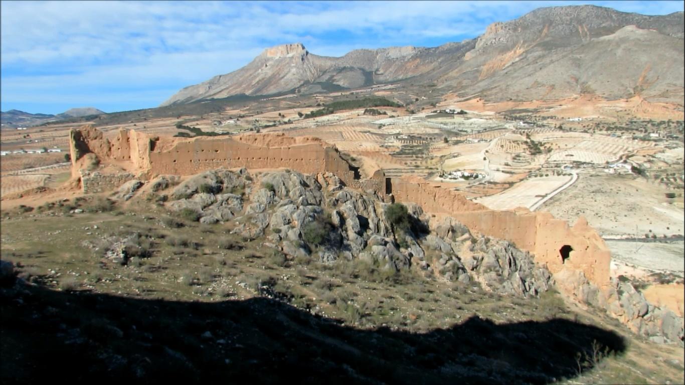 Piden la restauración del Castillo de Xiquena «para impedir su desaparición»