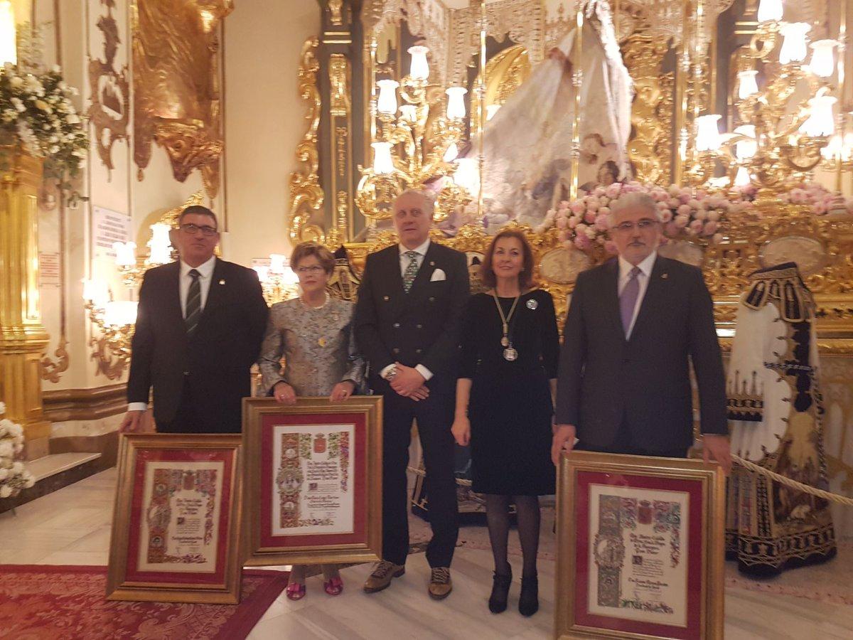 Ramón Mateo, Juan Andrés Ibáñez y María Luisa Martínez, Presidentes de Honor del Paso Blanco
