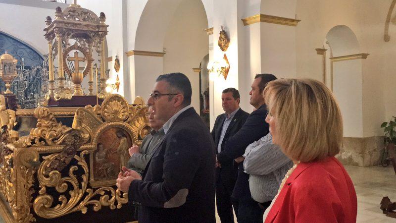Restaurado el trono guión del Paso Encarnado, primero en el que procesionó el Cristo de la Sangre