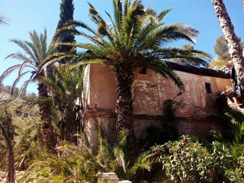 Crear un jardín botánico en el cortijo del Escarambrujo y un museo etnográfico y del agua