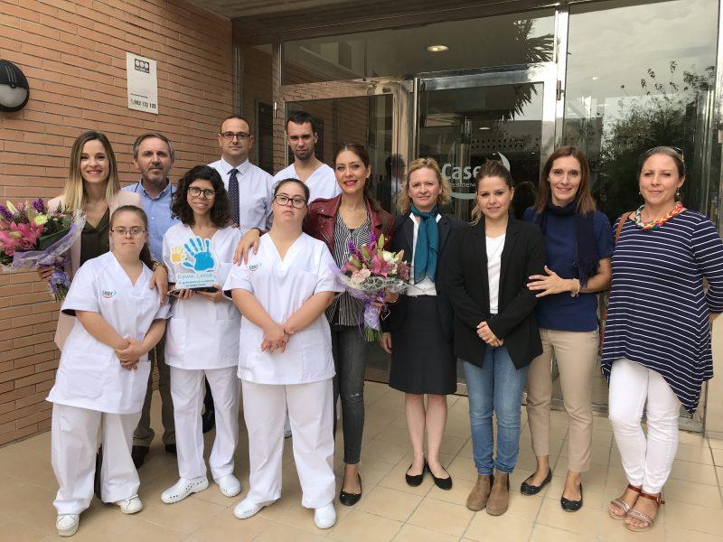 Cuatro usuarios de Down Lorca harán prácticas pre-laborales en la Residencia Caser