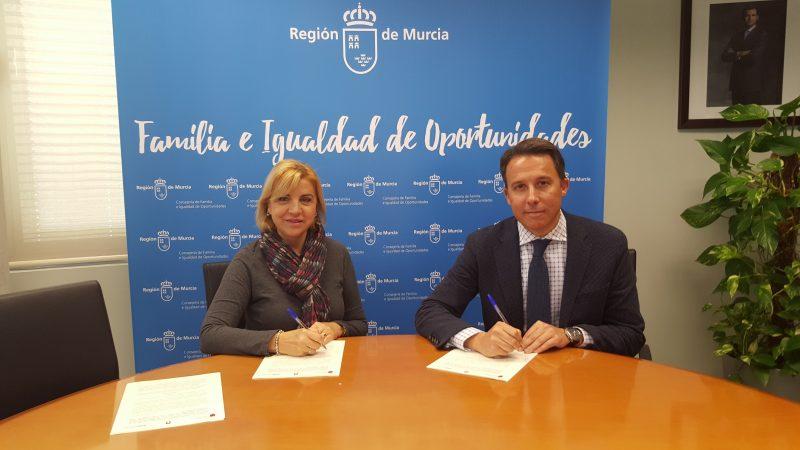 La Comunidad destina más de un millón de euros a la ayuda a domicilio en Lorca