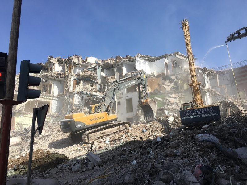 Nuevas licencias para la reconstrucción de tres edificios derribados por los daños causados por los terremotos
