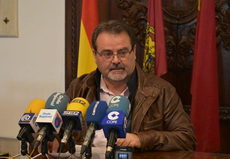 """PSOE: """"La CARM sigue debiendo más de 675.000 euros a la mesa solidaria en ayudas de alquiler"""""""