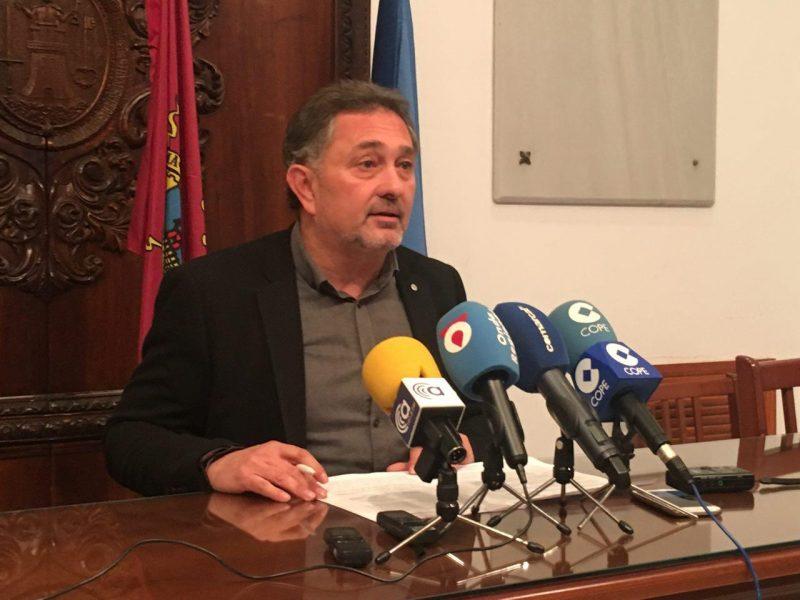 """Meca: """"Hemos conseguido 400 metros más para el soterramiento que el PSOE proyectó en 1,3 kilómetros"""""""