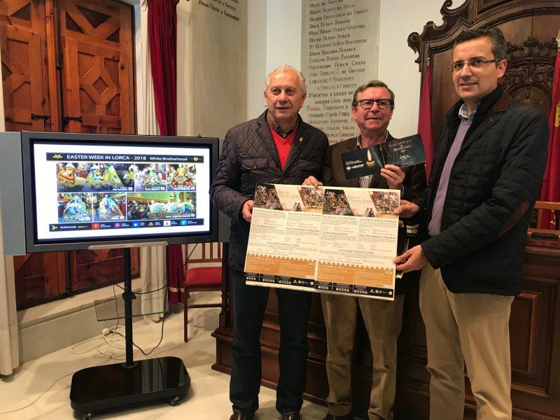 15.000 ejemplares en español del programa turístico de Semana Santa y 1.000 en inglés