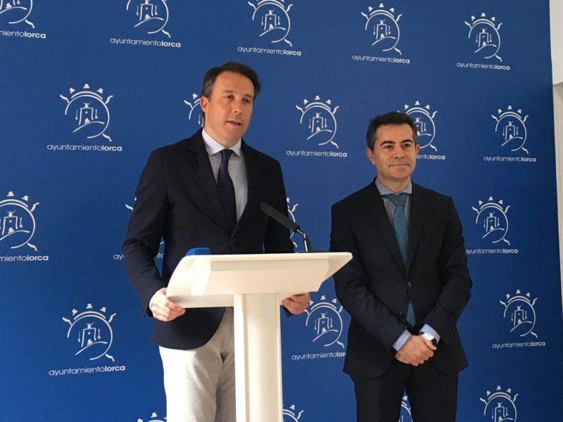 Gil pide a la FMRM su apoyo a la declaración del Bordado lorquino como Patrimonio Inmaterial de la Humanidad