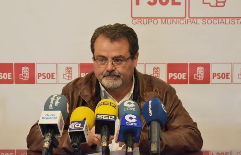 """El PSOE denuncia que """"la CARM debe a la Mesa Solidaria más de 700.000 euros"""""""