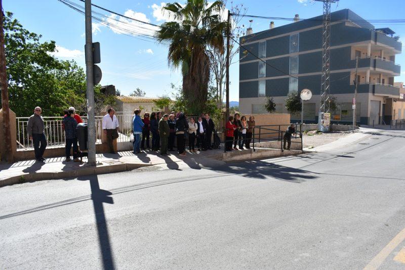 """Denuncian """"el estado de abandono"""" del Camino Viejo del Puerto que dificulta la movilidad"""