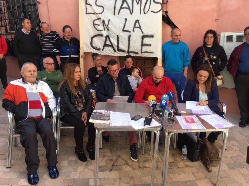 """Los vecinos de San Pedro anuncian movilizaciones para que les """"devuelvan"""" el local social del barrio"""