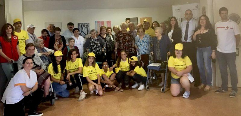 Los niños del Caixa Proinfancia se convierten en guías turísticos en las residencias del municipio