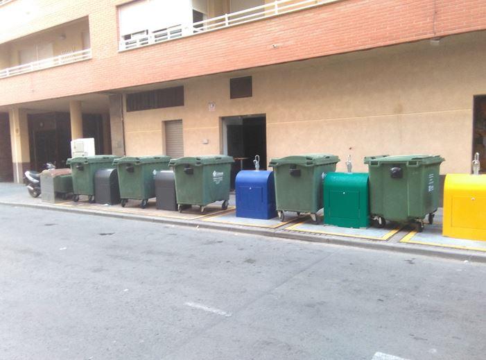 Alertan de que una quincena de contenedores soterrados «no funcionan» en el Barrio de San Cristóbal