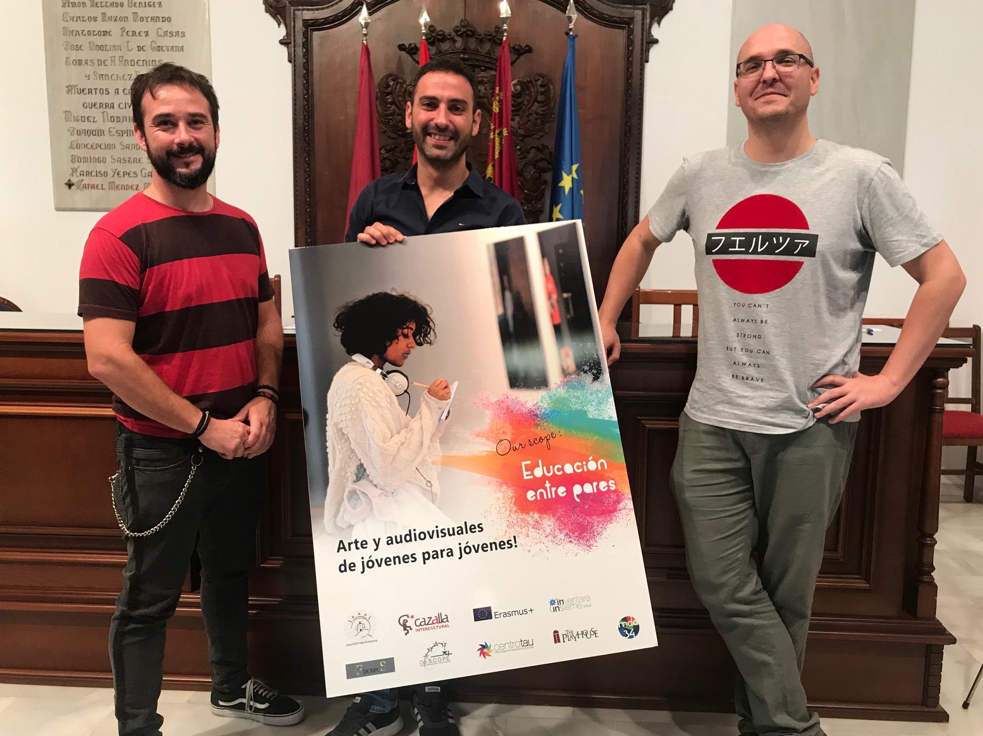 El proyecto «Our Scope» permitirá a jóvenes lorquinos impartir talleres audiovisuales y artísticos