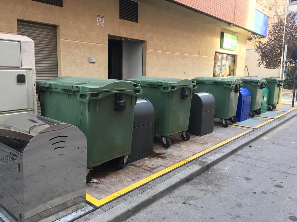 Vuelven a denunciar que hay contenedores soterrados que siguen «sin funcionar»